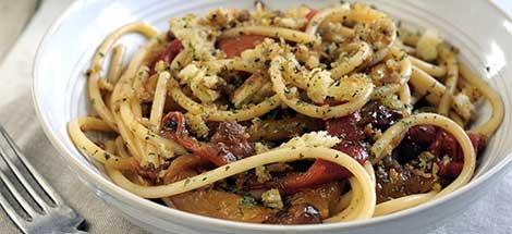 Pasta al sugo di pancetta e funghi negroni for Ricette primi piatti