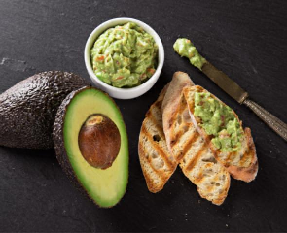 Salsa di avocado e yogurt greco