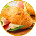 Little deep-fried olive pizzas filled with cooked ham and provolone cheese