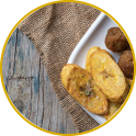 Mortadella meatballs with lemon and plantain chips