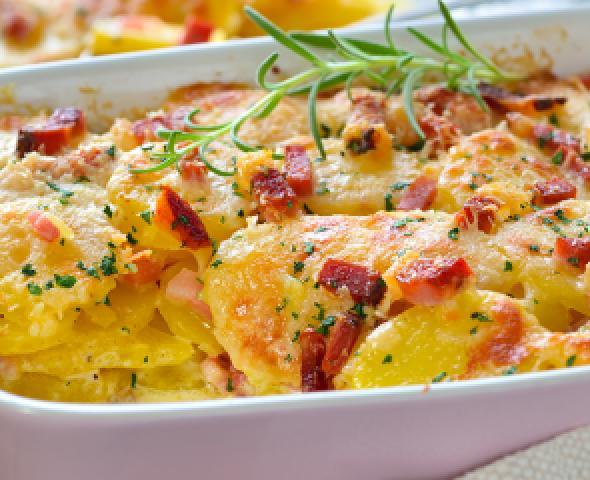 Soufflè di patate e prosciutto cotto