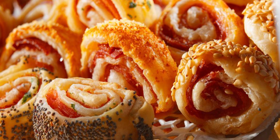 Salatini di pasta sfoglia con salumi