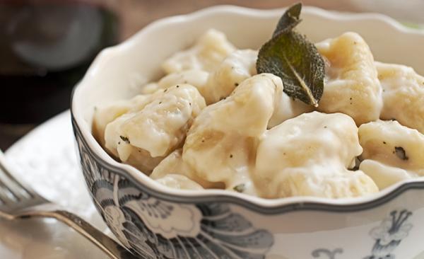 Gnocchi speck et gorgonzola, la recette rapide