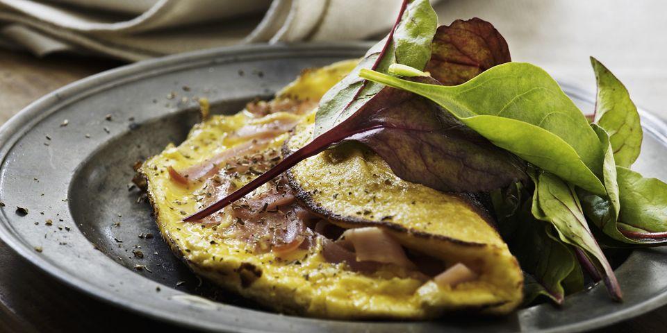 Omelette farcita con prosciutto