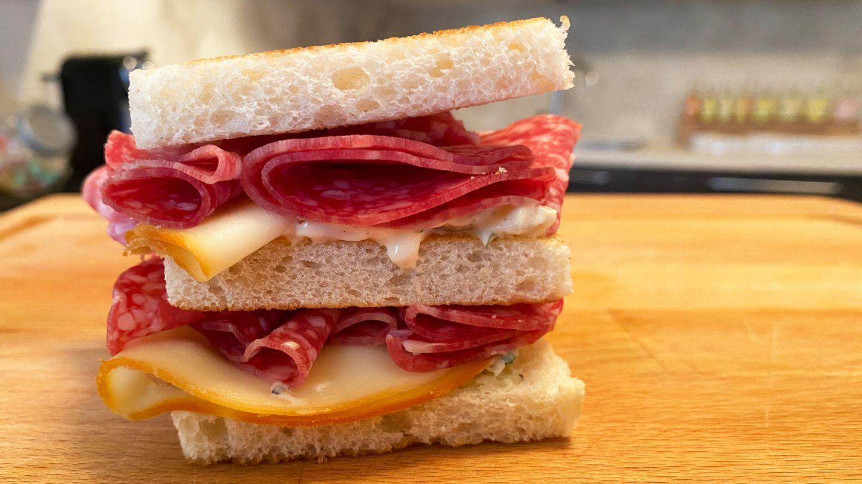 Club Sandwich con Salame Milano Negroni