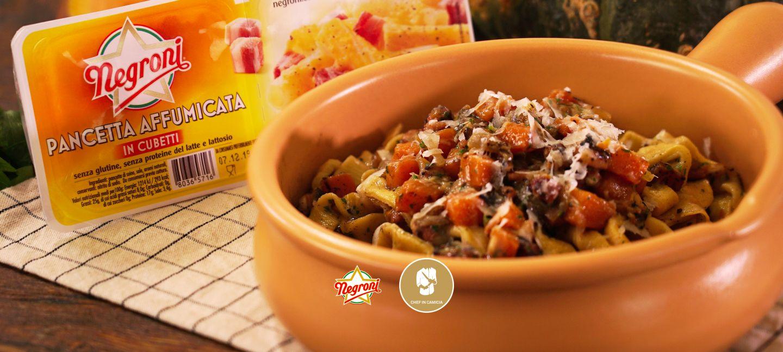 Tagliatelle fresche con Cubetti di pancetta affumicata